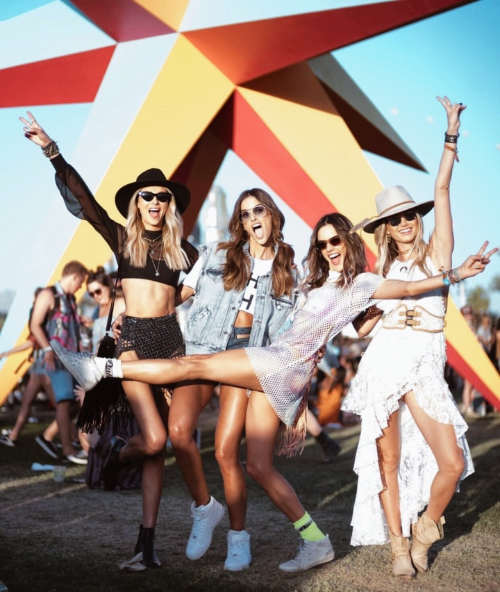 Los Looks Más Cool Del Festival De Coachella 2018 / The Best Looks From Coachella 2018